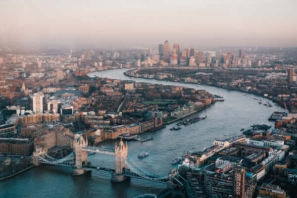 Benefits of Investing in London Real Estate